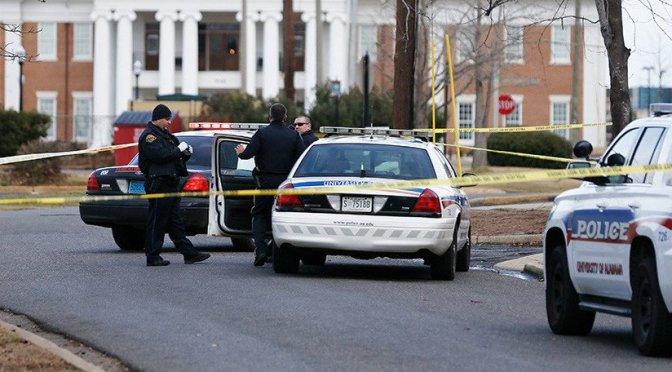 Reportan tiroteo en escuela de Alabama; hay un muerto