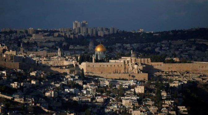 Por qué Jerusalén es clave en el conflicto entre israelíes y palestinos