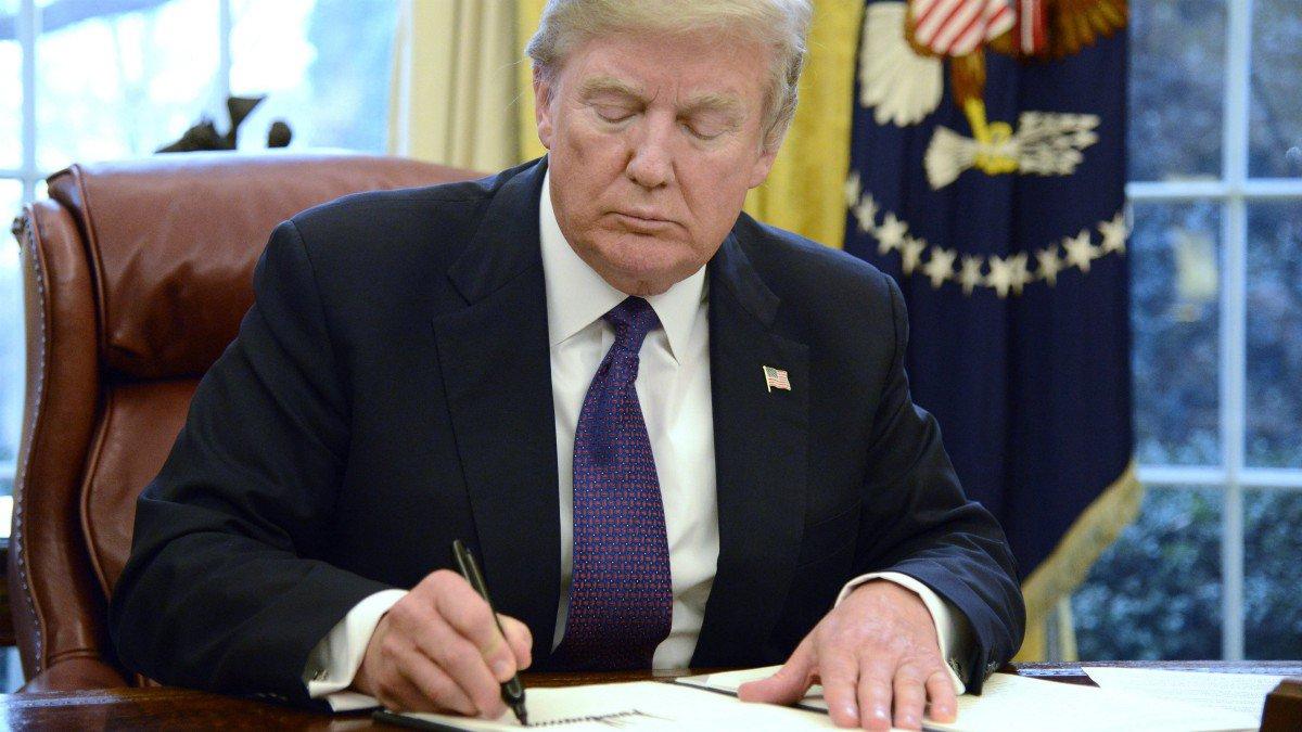Inversionistas atentos a la decisión de Trump sobre aranceles al acero y el aluminio