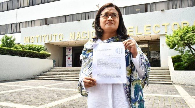 Aleida Alavez presenta ante INE denuncia por agresiones