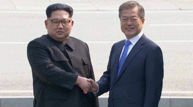 Histórico: Se reúnen presidentes de Corea del Sur y del Norte