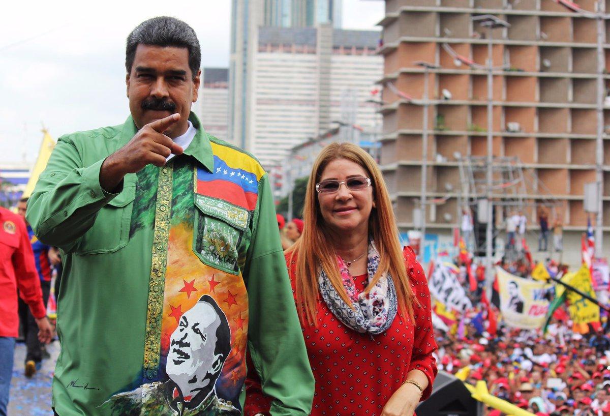 Maduro cierra campaña y promete nuevo comienzo si gana reelección