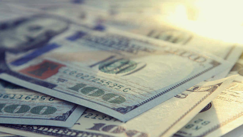 Casas de cambio del aeropuerto capitalino venden dólar en 18.80 pesos