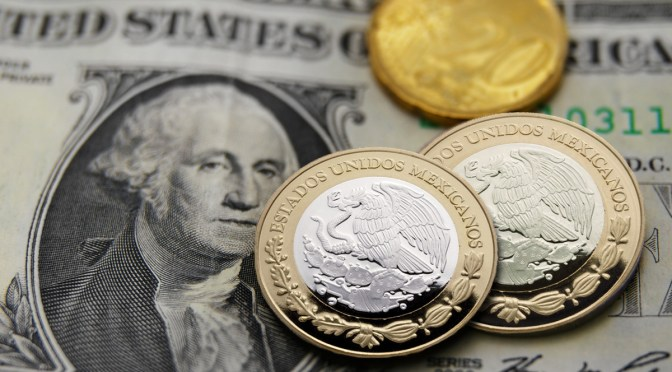 El peso inicia la sesión con una apreciación de 0.68% o 13.2 centavos, cotizando alrededor de 19.19 pesos por dólar