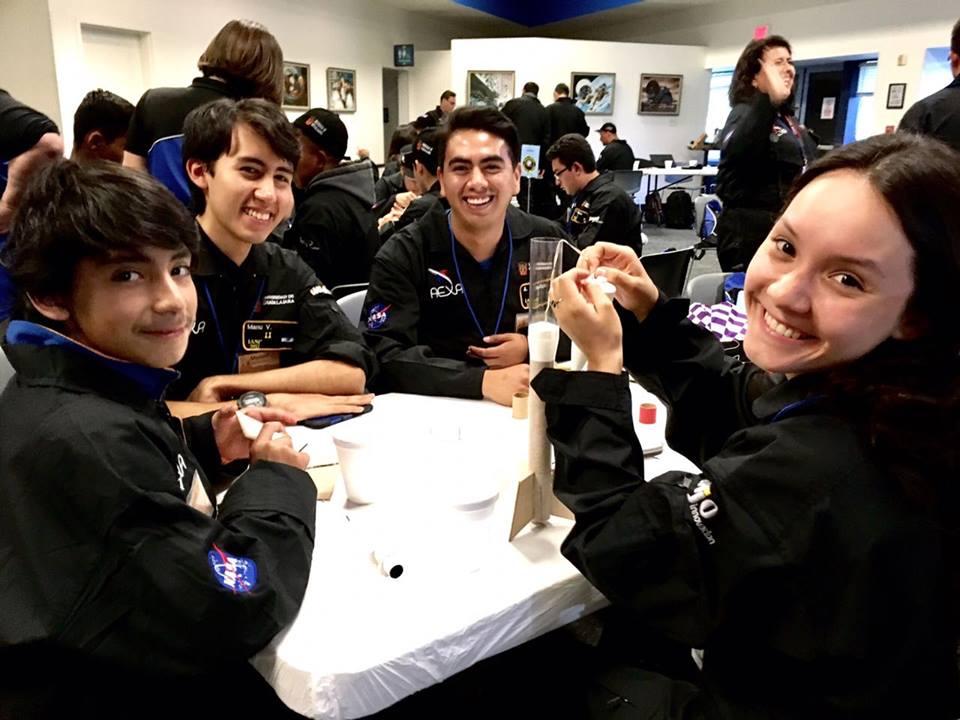Estudiantes mexicanos lanzarán sus proyectos al espacio