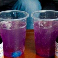 """""""Purple drank"""", la droga casera que están consumiendo los adolescentes en México"""