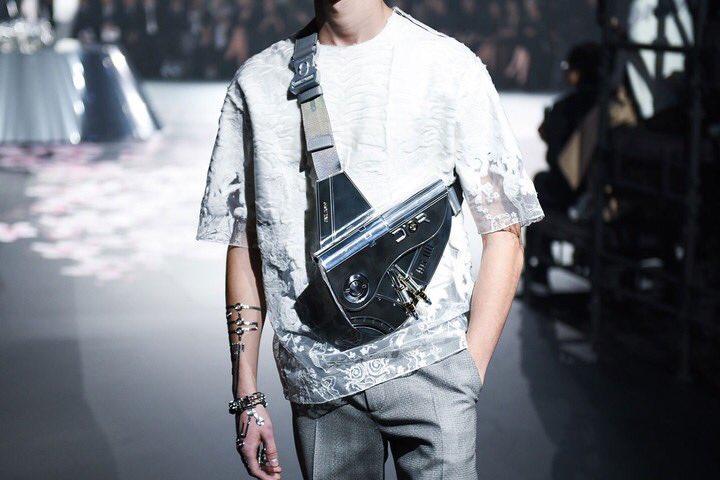 Dior ha creado una bolsa de$ 35,000 dólares sólo para hombres