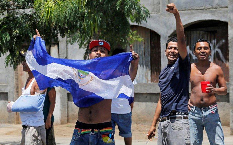 Nicaragua excarcela a 50 presos políticos tras diálogo con opositores