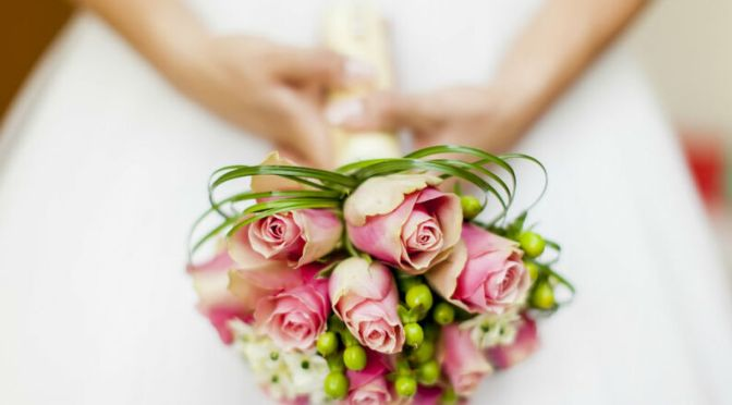 Puedes sacar dinero de tu Afore para casarte