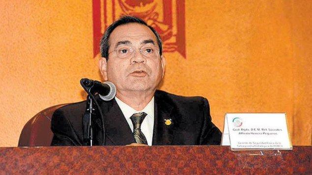 Detienen a exgeneral Sócrates Herrera; lo acusan de robo de combustible