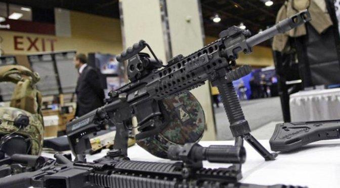"""Estados Unidos se comprometió a """"congelar"""" flujo de armas a México"""