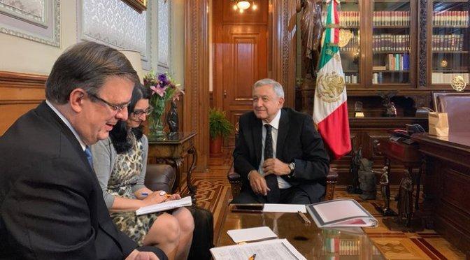 López Obrador y Donald Trump hablan por teléfono