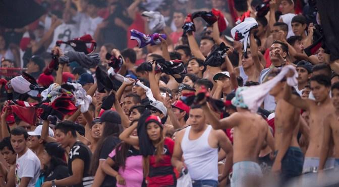 Liga MX no ha cumplido con credencializar a las barras