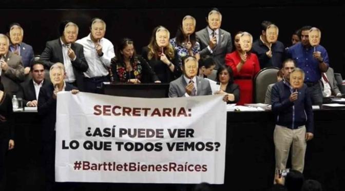 Con rostros de Bartlett, reclaman diputados a titular de la SFP