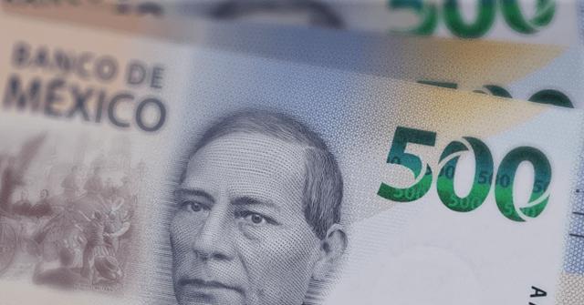 El peso cerró la sesión con una apreciación de 1.47% o 33.1 centavos, cotizando alrededor de 22.21 pesos por dólar