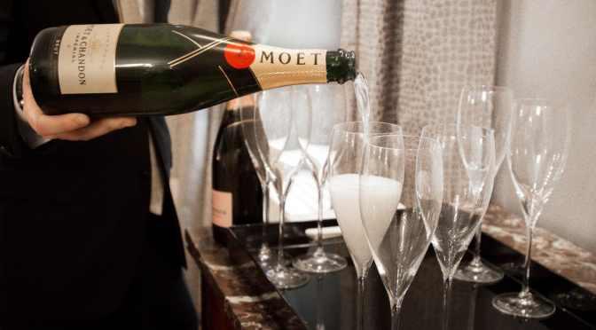 Si planeas invertir en fin de año, hazlo en champaña