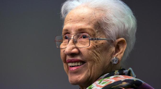 Falleció Katherine Johnson, matemática que ayudó a la misión Apolo a llegar a la Luna