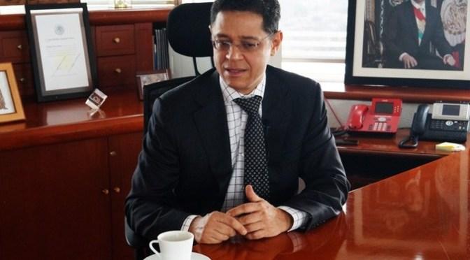 César Hernández renuncia a la Conamer