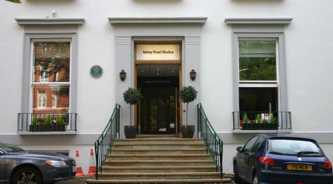 ¡Get Back! Abbey Road Studios reabre tras cierre por coronavirus
