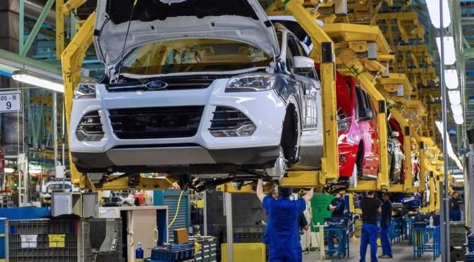 La industria automotriz quizá nunca vuelva a ser la misma y aquí te decimos por qué