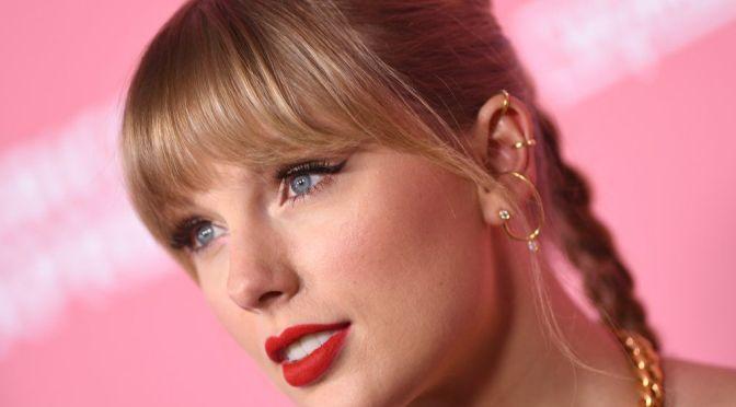 """Taylor Swift sorprende y enamora con las letras y la sencillez de """"Folklore"""""""