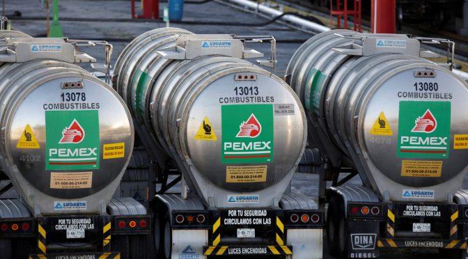 Pemex pide 'chance' a contratistas para pagarles deudas hasta 2021