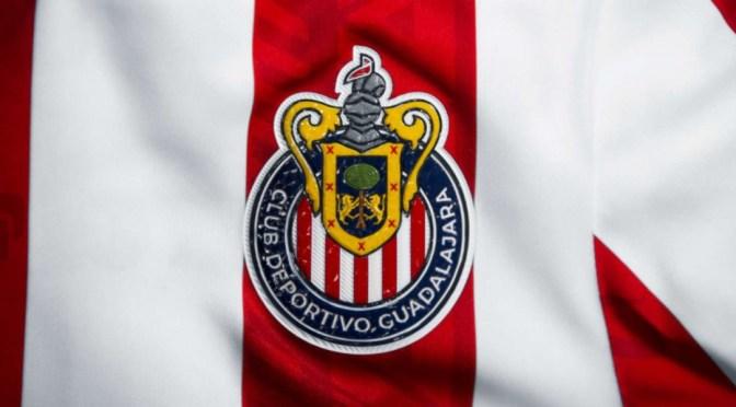 Chivas presenta Nuevo uniforme que utilizará para torneo #Guard1anes2020