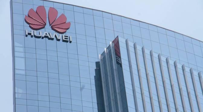 Huawei se queda sin su productor de semiconductores por el veto de Estados Unidos