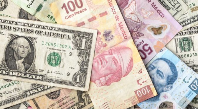 Dólar avanza 0.57% por encima de los $22