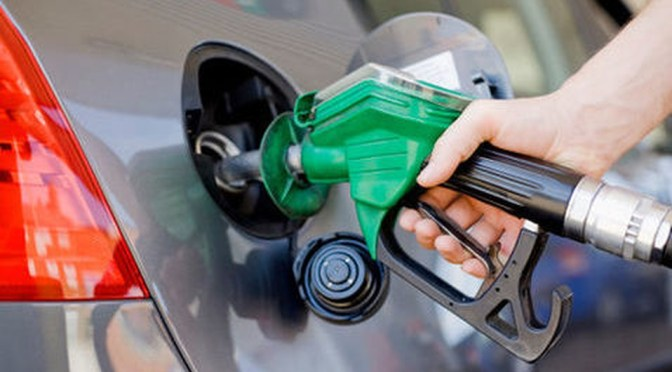 'Dale más gasolina': venta de combustible en México se recupera tras confinamiento