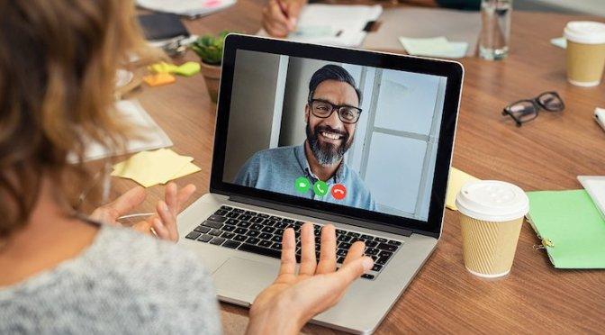 3 formas de transmitir videollamadas en tu televisión