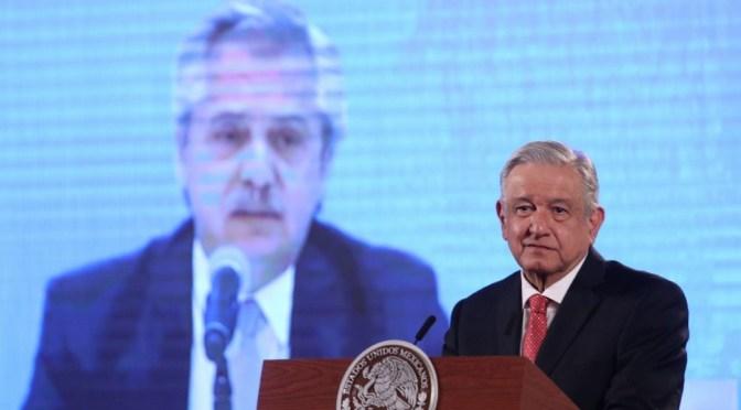 Celebra López Obrador reestructuración de deuda de Argentina