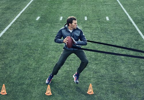 Tom Brady y la rutina de 9 pasos para ganar fuerza, resistencia y músculo