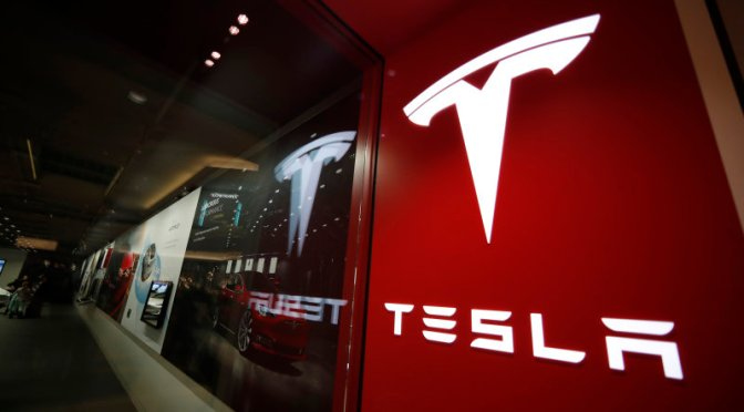 Tesla se desploma un 10% por las dudas sobre su «Battery Day»