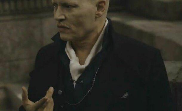 """Johnny Depp es sacado de """"Animales Fantásticos"""" por Warner Bros"""