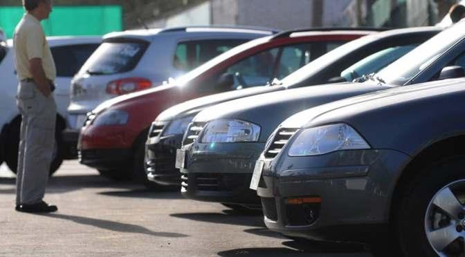 Autos en México sufren caída en sus ventas del 28% en 2020