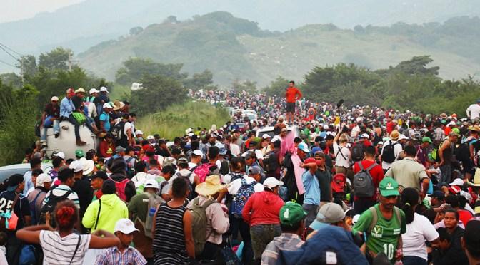 Guatemala dispersa caravana de migrantes