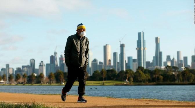 Melbourne comienza tercer confinamiento