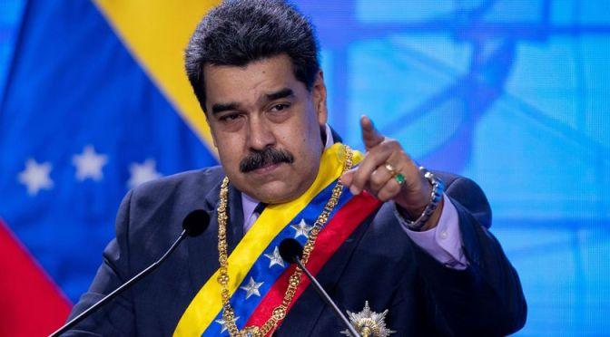 Zuckerberg es un abusador que censura fármacos sin aval: Maduro