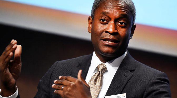 Bostic espera que la Fed aumente las tasas en 2023