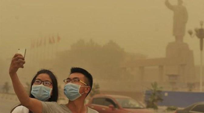 Cancelan vuelos en China por tormenta de arena