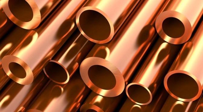 Precios del cobre caen mientras China enfría los planes de crecimiento y crédito