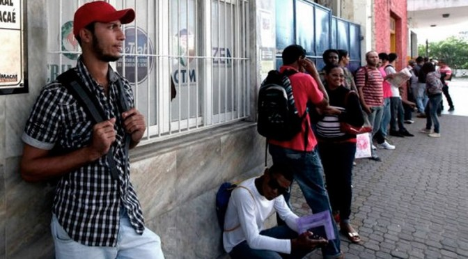 Tasa de desempleo de Brasil aumenta al 14.2%