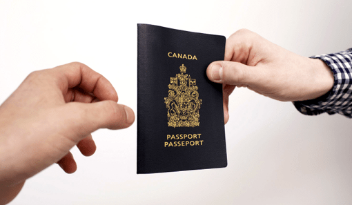 Pandemia impulsa a Canadá a ofrecer un camino hacia la ciudadanía a más residentes temporales
