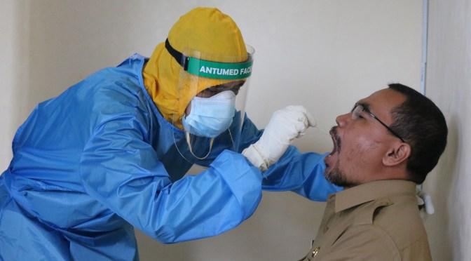 """México inicia ensayos en humanos vacuna para COVID-19 """"Patria"""""""
