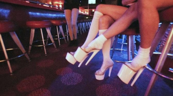 Clubes de striptease de Las Vegas reabrirán el 1 de mayo