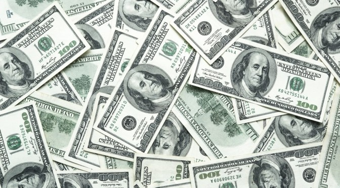Dólar cae a un mínimo de 6 semanas