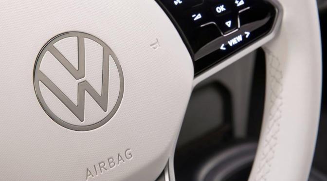 Volkswagen comprará créditos a Tesla en China para cumplir con las normas ambientales