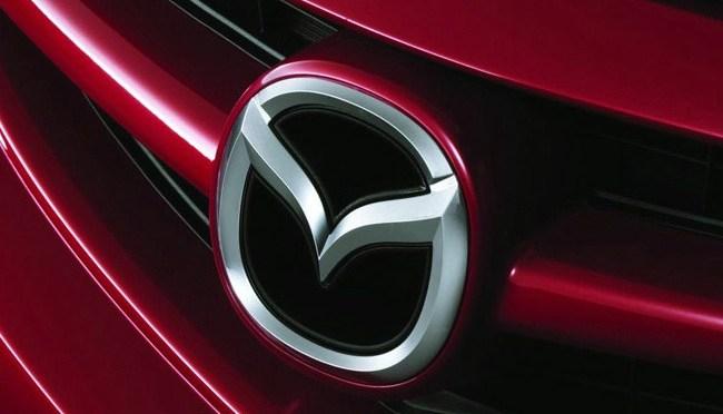 Escasez de chips llegará a unos 100,000 vehículos Mazda en 2021