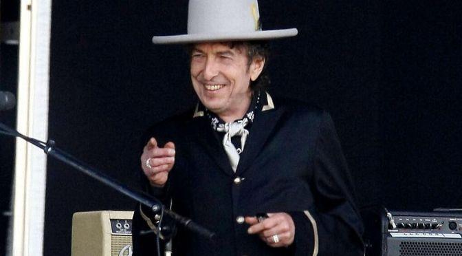 Bob Dylan cumple 80 años como leyenda del rock